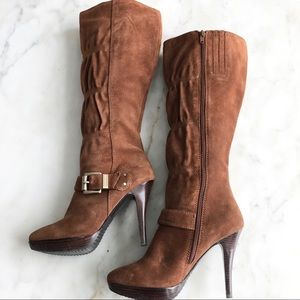 Michael Kors Brown suede boots, size 6